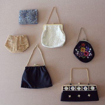 Lär dig fynda second hand: så känner du igen en vintageväska