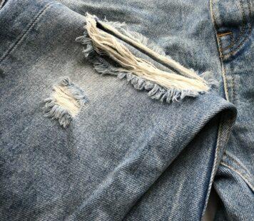90-talet är tillbaka! Såhär fixar du jeansen!