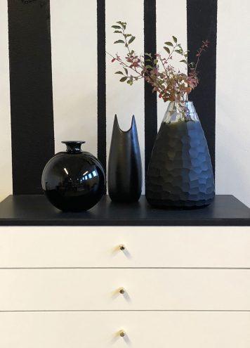 Så skapar du stilen: svart & vitbeige retroflirt från Myrorna Upgrade by Sanna Evers